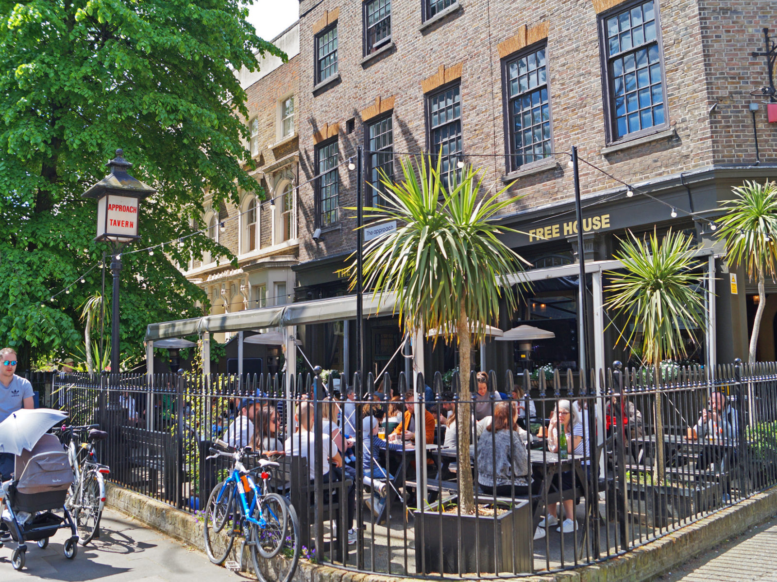 A busy Sunday in our beer garden